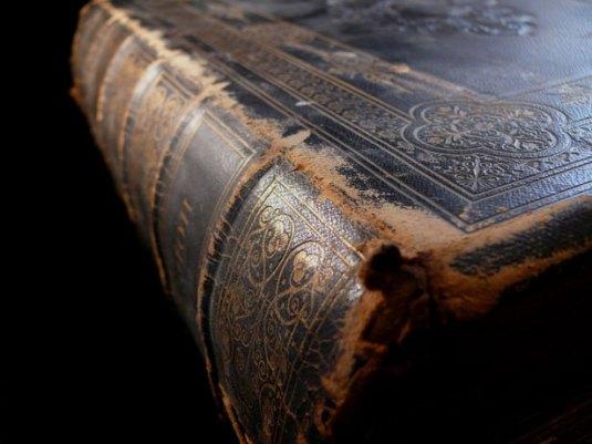 Bible worn pic