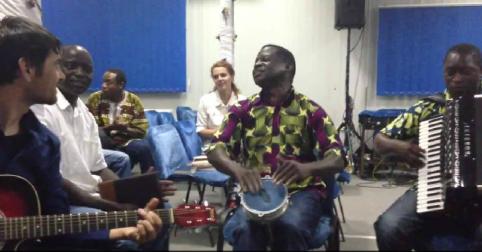 Catalin CIuculescu cu frati Congolezi
