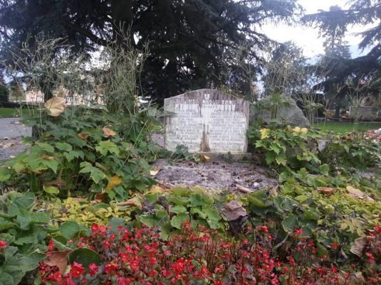 Dumitru Cornilescu grave Photo Laurentiu Balcan