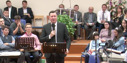 Florin Ianovici Conferinta Bisericilor Penticostale Spania 2014
