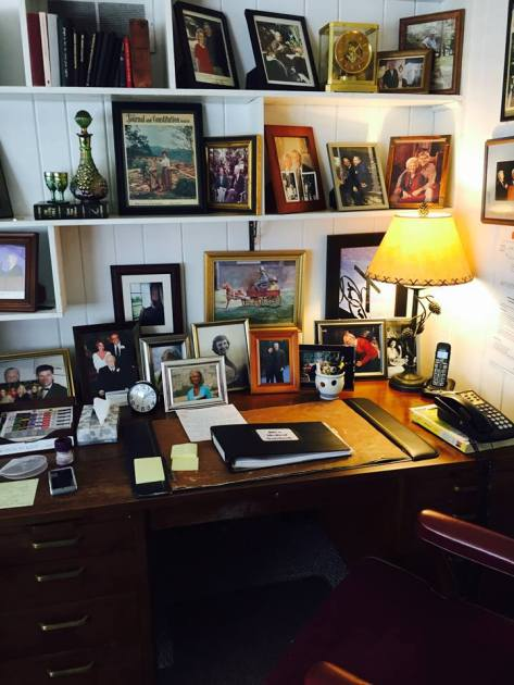 Billi Graham's desk, photo Franklin Graham