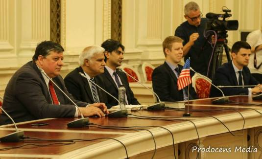 Ravi Parlament Prodocens Media