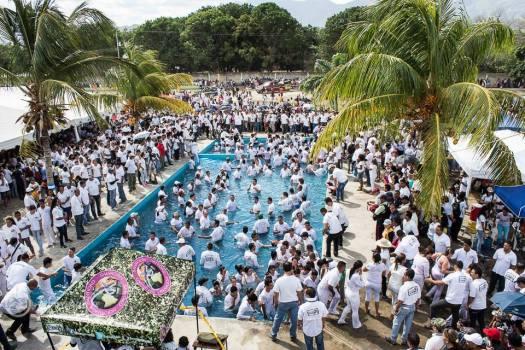 Botes peste 5.000 botezati in Venezuela