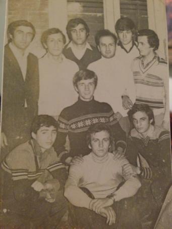 Moise Ardelean, Ionut Horga, George Ardelean, Moise Mot, Doru Onita, Ionica Pacurar.(Center) Aurel Ardeu, (Jos)Mircea Bembea, Utu Ardeu, Nelu ardelean.