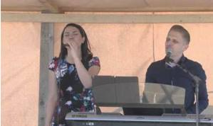 Cristi & Emma Repede