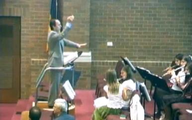 Mircea Bembea dirijor fanfara Biserica Betania din Chicago.