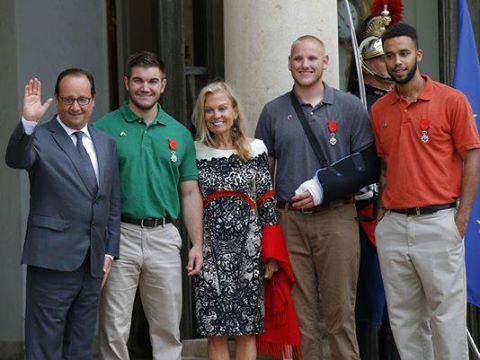 From left, French President Francois Hollande, U.S. National Guardsman from Roseburg, Ore., Alek Skarlatos, U.S. Ambassador to France Jane D. Hartley, Spencer Stone, Alek Skarlatos Photo credit