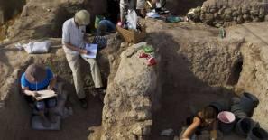 Poarta lui Goliat - descoperita in ruinele celui mai mare oras din vremea aceea, Gat / Gath unde locuiau filistenii