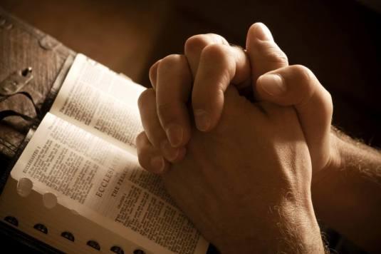 pray rugaciune Bible Biblie
