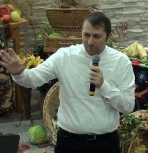 Pastor Ciprian Barsan Conferinta: FEMEIA roditoare un dar DIVIN
