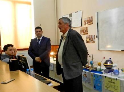 prof. dr. Nicolae Geantâ & istoricul Alin Ciupală Photo credit