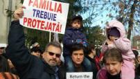 C S Protest 4 19 dec Familia trebuie protejata