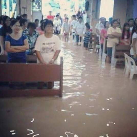 Service in flooded Philippine church