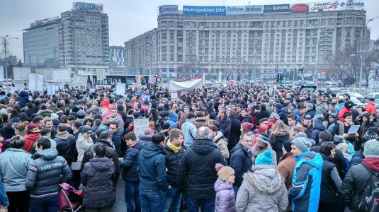 Bucharest Piata Victoriei PROTEST on behalf of BODNARIU family 9 january 2016 Photo Ruben Ologeanu