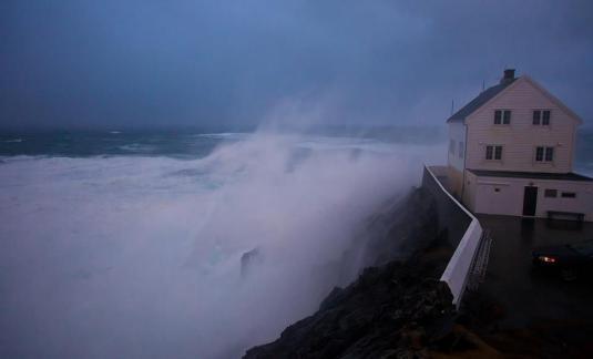Furtuna in Norvegia storm photo credit