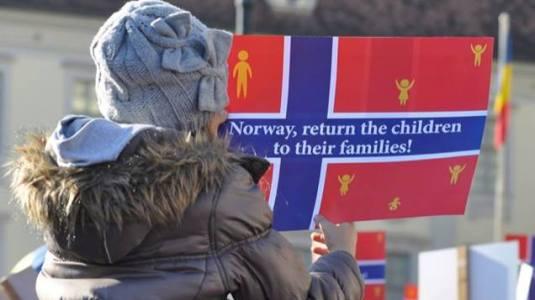 Protest in sustinerea familiei Bodnariu