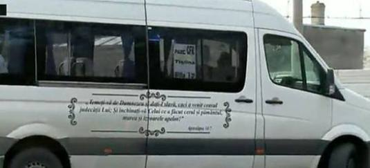 Microbuze inscripționate cu pasaje din Apocalipsă circulă prin Galați Photo Active News