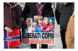 Familia Nan protest Foto Lavinia