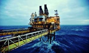 Norway oil platform Photo B1.ro
