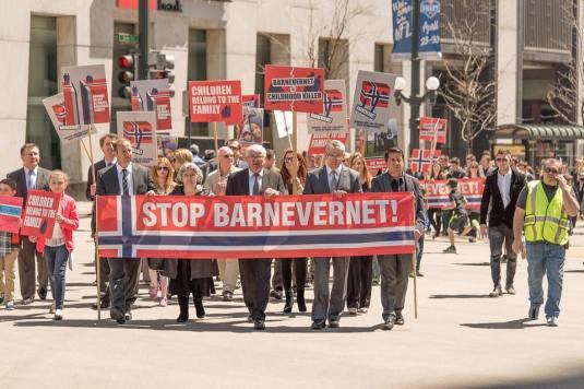 Familia Bodnariu Protest la Chicago