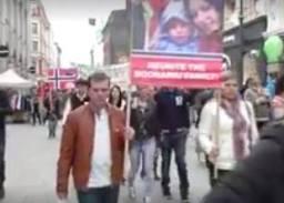 Familia Nan Stryn Protest 1