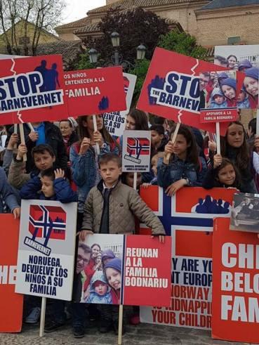 Protest Spania April 16 2