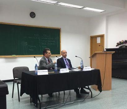 """Pastor conf. univ. dr. John Tipei, la simpozionul științific al ITP, cu lucrarea """"Spiritualitatea penticostală reflectată în documentele bisericii""""."""