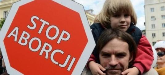 demonstratii Polonia stop avortul