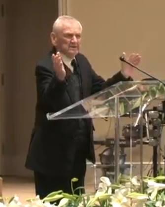Pitt Popovici la varsta de 97 de ani predica cu putere