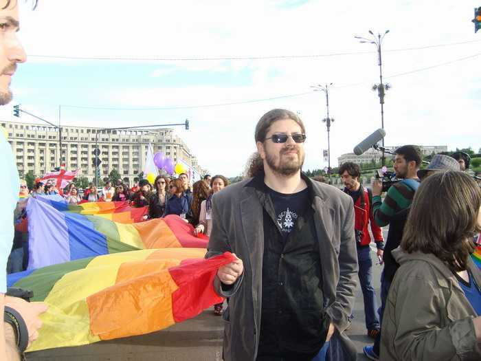 from Castiel gay din romania
