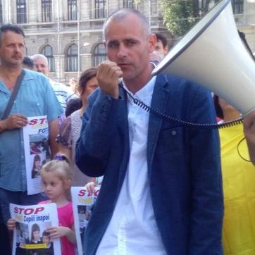 Florin Barbu Protest 26 iunie 2016 Bucuresti FOTO Stiri pentru viata