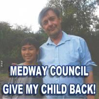 Eugene Lukjanenko - PROTEST FRIDAY 8 JUNE CHATHAM MEDWAY Eugene's son Foto Kelvin Lord