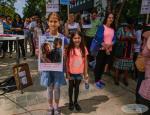 Protest la bruxelles pentru sustinerea Familiei Barbu3