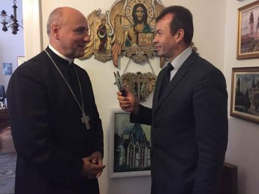 comunicat-episcopul-episcopiei-greco-catolice-oradea-ps-bercea-virgil-invitat%cc%a6ie-la-adunarea-publica%cc%86-in-oradea-foto-dan-burtic