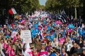 paris-protest-impotriva-casatoriilor-gay-foto-ap