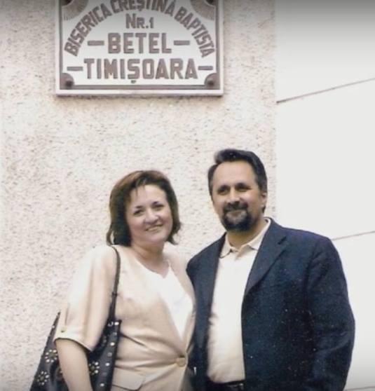 Pastorul Petru Bulica cu sotia, Gina Bulica FOTO Biserica Betel Timisoara