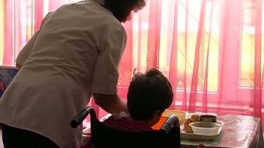 copii-cu-nevoi-speciale-foto-romania-tv