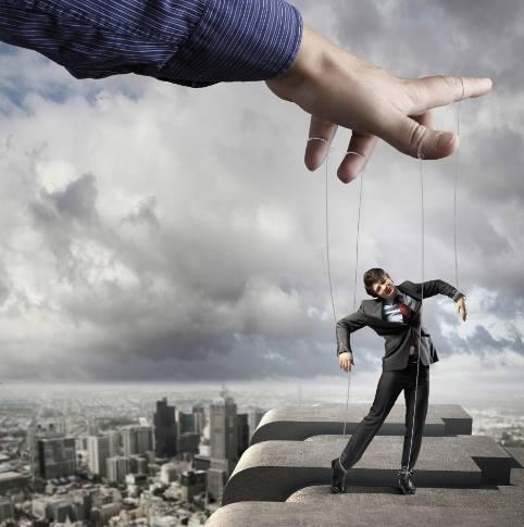 marionete-papusari-manipulate-foto-www-elishaogbonna-com