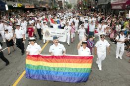 halifax-pride-parade-canadian-royal-navy-foto
