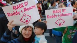 taiwan-150-000-protesteaza-legalizarea-casatoriilor-gay-foto-southa-china