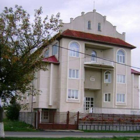 biserica-filadelfia-calan