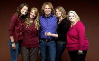 Sistre wives, familie poligamista Foto Cultura Vietii