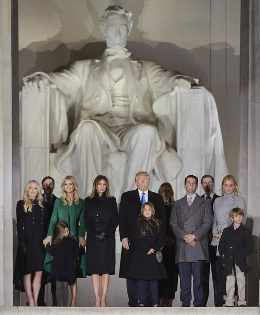 trump-family-inauguration-festivities-19-jan-2017-foto-ivanka-fb