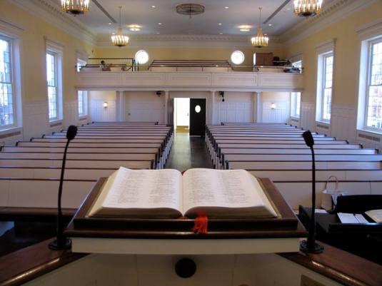 preaching-bible-foto-albert-mohler