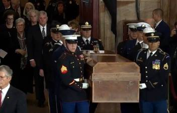 Billy Graham lie in Rotunda Washington DC Foto captura 1