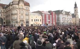 Coaliția pentru Familie - Adunare publică în Piața Unirii din Oradea [VIDEO Prodocens Media] 2